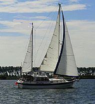 sister yacht