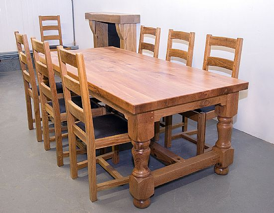 farmhouse furniture - castle dining table