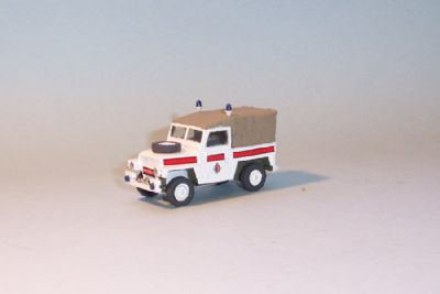 bw194.  land rover series 3, lightweight softtop  - � 9.50