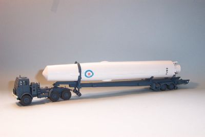 bw187  thor irbm with tractor unit & transporter trailer  - �42.00