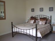 ivydene cromarty holiday cottage - bedroom