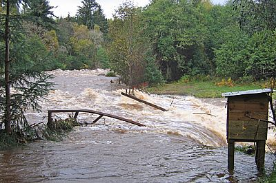 river alness or averon, october 2006 flood