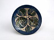 leafy bowl with rim