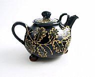Oak leaf teapot