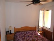 Double bedroom with ceiling fan