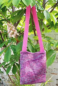 Pink knitted shoulderbag