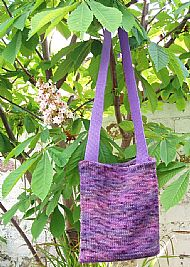 Purple knitted shoulderbag