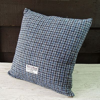 blue black dogtooth cushion showing the orb label