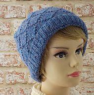 Blue diamond pattern ladies hat