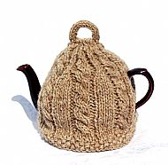 Tea cosy in light brown pure wool