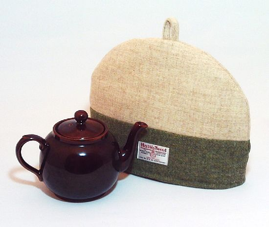 haiir tweed tea cosy in green and cream by roses workshop