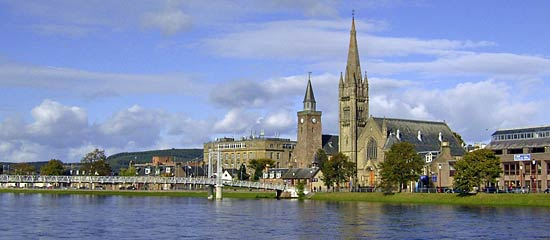 inverness old high church by river