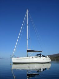 Beneteau 343 Iona on mooring
