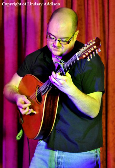 aaron jones at the elphinstone hotel, biggar