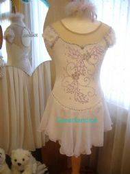 Kimmie Design in White