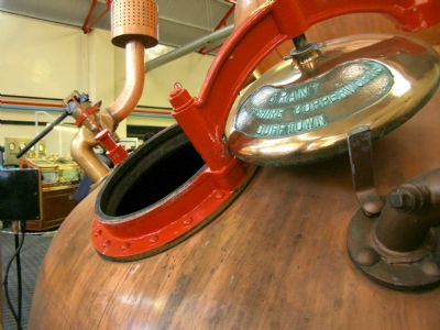 glenfarclas distillery whisky still