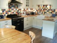 Self catering kitchen available