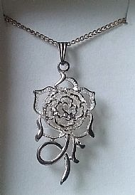 A3 FILIGREE ROSE NECKLACE
