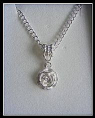 A9 WHITE ROSE NECKLACE