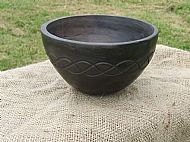 Single bowl with Celtic weave