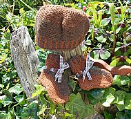 Tiny brown hat and bootees
