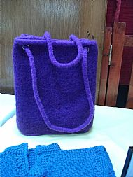 purple heather coloured knitted felt bag