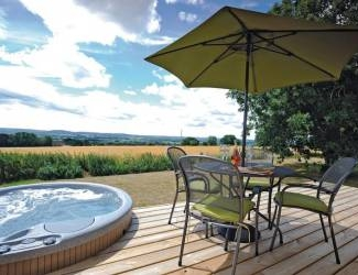 saxon maybank lodges near bradford abass in dorset