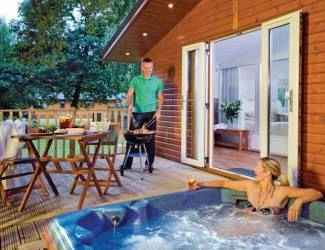 bluewood lodges near kingham in oxfordshire