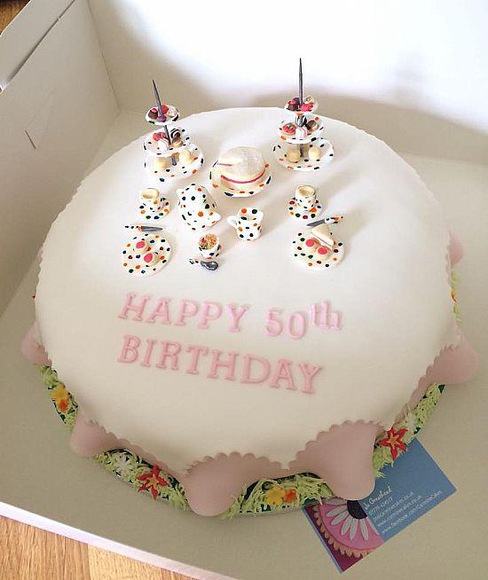 Carmine Cakes Large Cakes