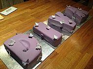 DIVA remembrance cake