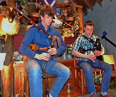 alasdair turner and angus binnie house folk festival kinlochard
