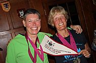 marga engels and anneloes russell with their medals