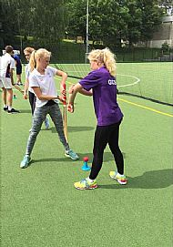 Alkmaar students being taught cricket