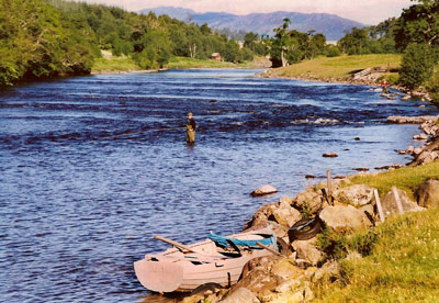 salmon fishing on the river conon, coul fishings