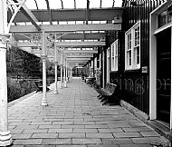 Station Squares