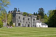 The imposing ruin of Armadale Castle