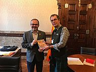 Presenting Catalonia Reborn to Josep Costa, Vice President of the Catalan Parliament