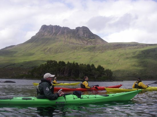 paddling below stac pollaidh