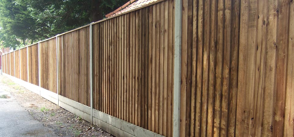 domestic - close board fencing
