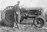 HPA333   Jimmy Towrie and his Fordson Major