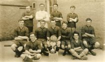 HPA018   Lady Football Team 1925