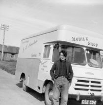 HPA255   J. Walls' Travelling Shop, outside Mid Myre, 1965/66 (B. Sinclair)