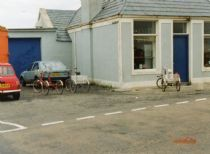 HPA256   Three trikes outside Roadside Shop, 1990's