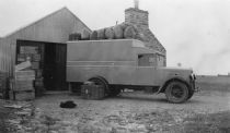 HPA281   Thomas Tulloch's van at Blossom. Early 1940's