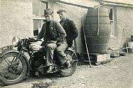 HPA083   Peter Skea and Geordo Brown