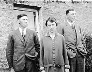 HPA578   Hugh Horne, Lydia Horne and Fraser Horne, Warsetter