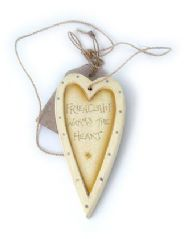 CREAM WOODEN 'FRIENDSHIP' HEART
