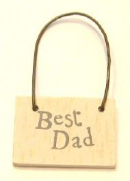 TINY WOODEN 'BEST DAD' SIGN