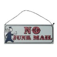METAL JUNK MAIL SIGN