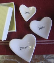 SET OF 3 LITTLE CERAMIC HEART  DISHES - LOVE HOPE DREAM